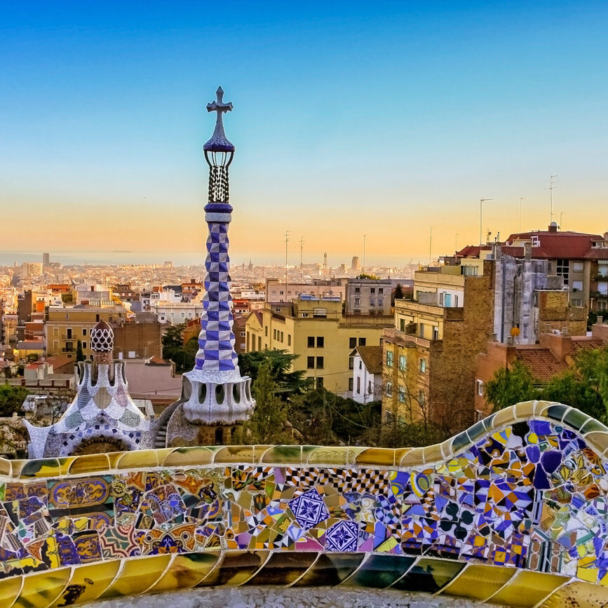 barcelona-gaudi-destination-featured (1)